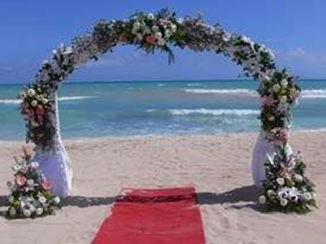b_imagine_tours_IB_beach_wedding