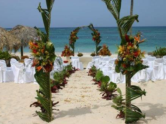 b_tropical_destination_weddings