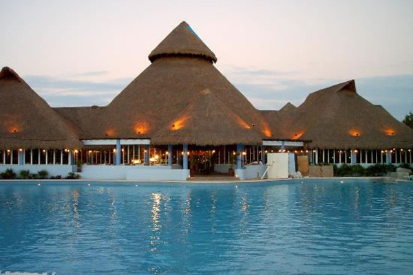 4_riviera_maya_travel_lindo_pool_2