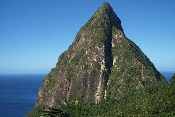 1_saint_lucia_vacation_piton_view