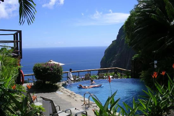 4_saint_lucia_tropical_vacation_pool_view