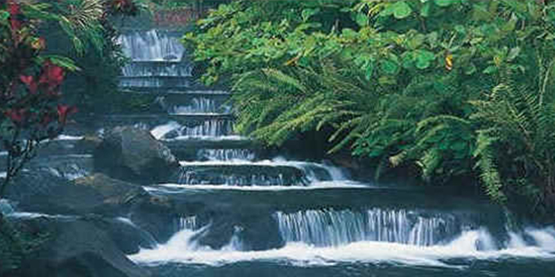 9e_mexican_pacific_travel_waterfall
